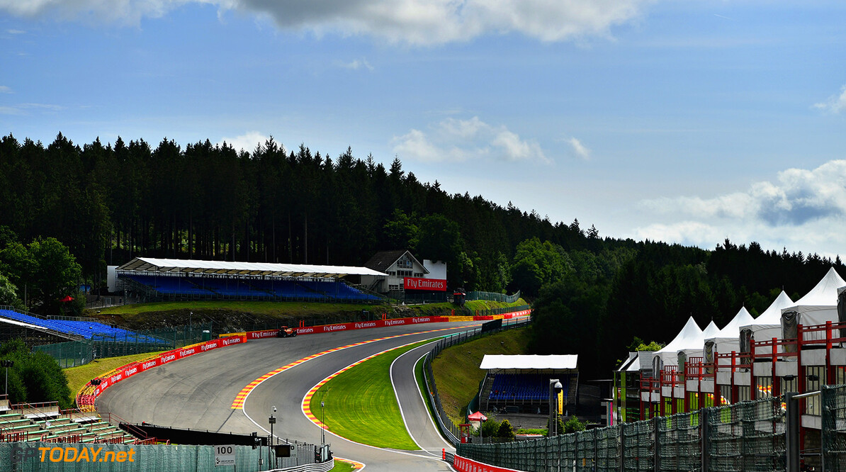 SPA, BELGIUM - AUGUST 24:  A general view of the circuit from the bottom of Eau Rouge during previews ahead of the Formula One Grand Prix of Belgium at Circuit de Spa-Francorchamps on August 24, 2017 in Spa, Belgium. (Photo by Dan Mullan/Getty Images) // Getty Images / Red Bull Content Pool  // P-20170824-00597 // Usage for editorial use only // Please go to www.redbullcontentpool.com for further information. //  F1 Grand Prix of Belgium - Previews Dan Mullan Spa Belgium  P-20170824-00597