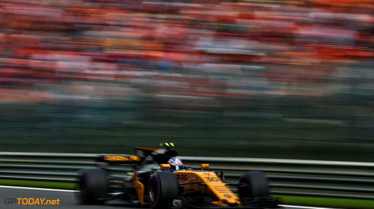 Formula One World Championship Jolyon Palmer (GBR) Renault Sport F1 Team RS17. Belgian Grand Prix, Sunday 27th August 2017. Spa-Francorchamps, Belgium. Motor Racing - Formula One World Championship - Belgian Grand Prix - Race Day - Spa Francorchamps, Belgium Renault Sport Formula One Team Spa Francorchamps Belgium  Formula One Formula 1 F1 GP Grand Prix Circuit Belgium Belgian Spa-Francorchamps Spa Francorchamps Spa JM748 Action Track GP1712d
