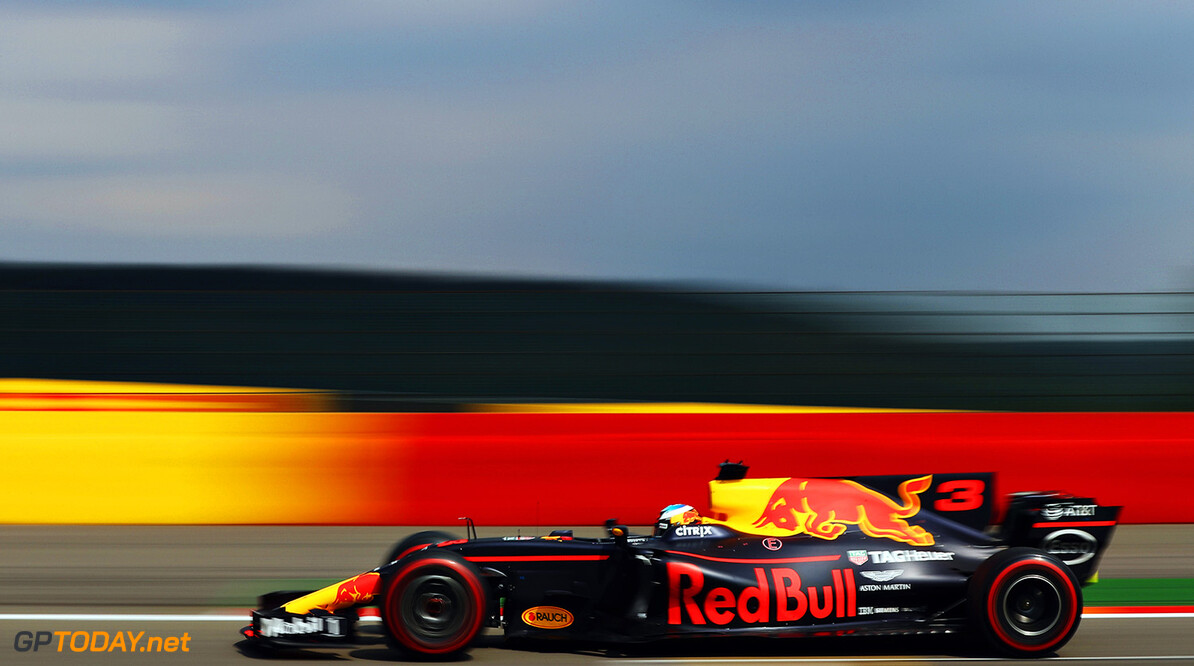 SPA, BELGIUM - AUGUST 27: Daniel Ricciardo of Australia driving the (3) Red Bull Racing Red Bull-TAG Heuer RB13 TAG Heuer on track during the Formula One Grand Prix of Belgium at Circuit de Spa-Francorchamps on August 27, 2017 in Spa, Belgium.  (Photo by Mark Thompson/Getty Images) // Getty Images / Red Bull Content Pool  // P-20170827-10404 // Usage for editorial use only // Please go to www.redbullcontentpool.com for further information. //  F1 Grand Prix of Belgium Mark Thompson Spa Belgium  P-20170827-10404