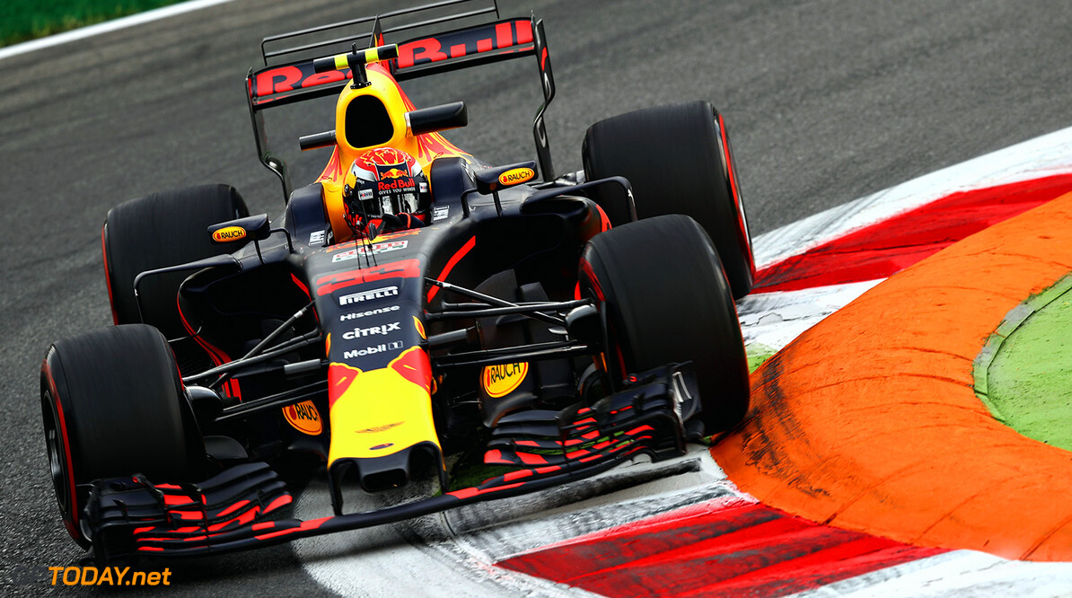MONZA, ITALY - SEPTEMBER 01:  Max Verstappen of the Netherlands driving the (33) Red Bull Racing Red Bull-TAG Heuer RB13 TAG Heuer on track during practice for the Formula One Grand Prix of Italy at Autodromo di Monza on September 1, 2017 in Monza, Italy.  (Photo by Mark Thompson/Getty Images) // Getty Images / Red Bull Content Pool  // P-20170901-02494 // Usage for editorial use only // Please go to www.redbullcontentpool.com for further information. //  F1 Grand Prix of Italy - Practice Mark Thompson Monza Italy  P-20170901-02494