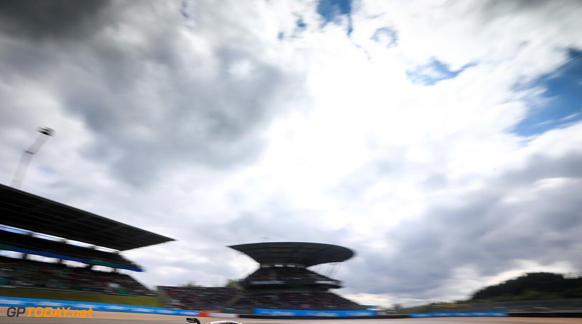 #63 Maro Engel, Mercedes-AMG C 63 DTM Motorsports: DTM race Nuerburgring Gruppe C / Hoch Zwei    Aktion action Fahraufnahme Fahrszene Motorsport DTM Rennen race Rennszene VersandPartnerDTM VersandPartnerStandard race action