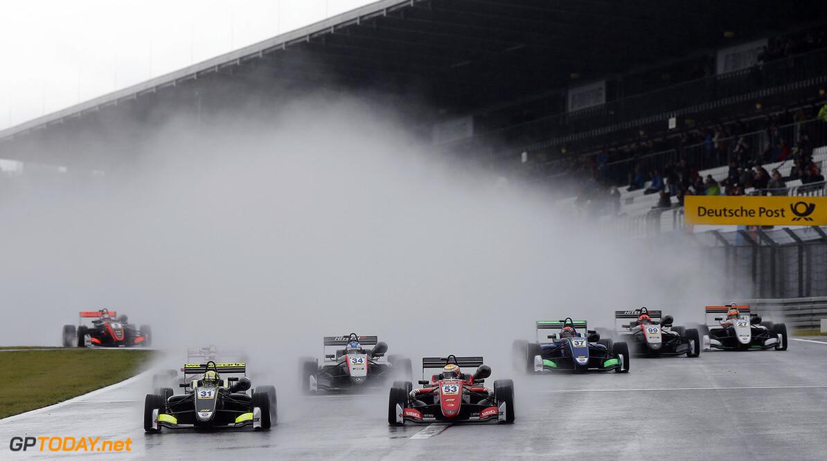 FIA Formula 3 European Championship, round 8, race 1, N?rburgri Start of the race, 31 Lando Norris (GBR, Carlin, Dallara F317 - Volkswagen) taking the lead from 53 Callum Ilott (GBR, Prema Powerteam, Dallara F317 - Mercedes-Benz), 34 Jake Hughes (GBR, Hitech Grand Prix, Dallara F317 - Mercedes-Benz), FIA Formula 3 European Championship, round 8, race 1, N?rburgring (DEU), 8. - 10. September 2017 FIA Formula 3 European Championship 2017, round 8, race 1, N?rburgring (DEU) Thomas Suer N?rburgring Germany