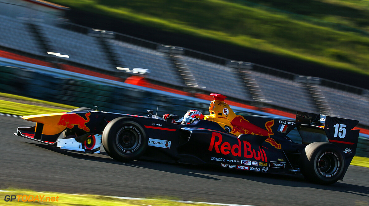 HITA, JAPAN, 8 September 2017 - Japanese Super Formula Championship, Autopolis. Image shows Pierre Gasly (FRA). // Dutch Photo Agency/Red Bull Content Pool // P-20170908-00874 // Usage for editorial use only // Please go to www.redbullcontentpool.com for further information. //  Pierre Gasly T.Ogasawara Hita Japan  P-20170908-00874