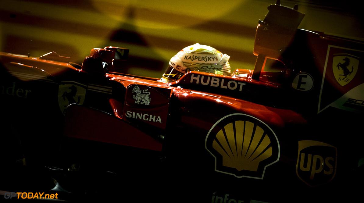 Hamilton flustered by Ferrari pace around Singapore
