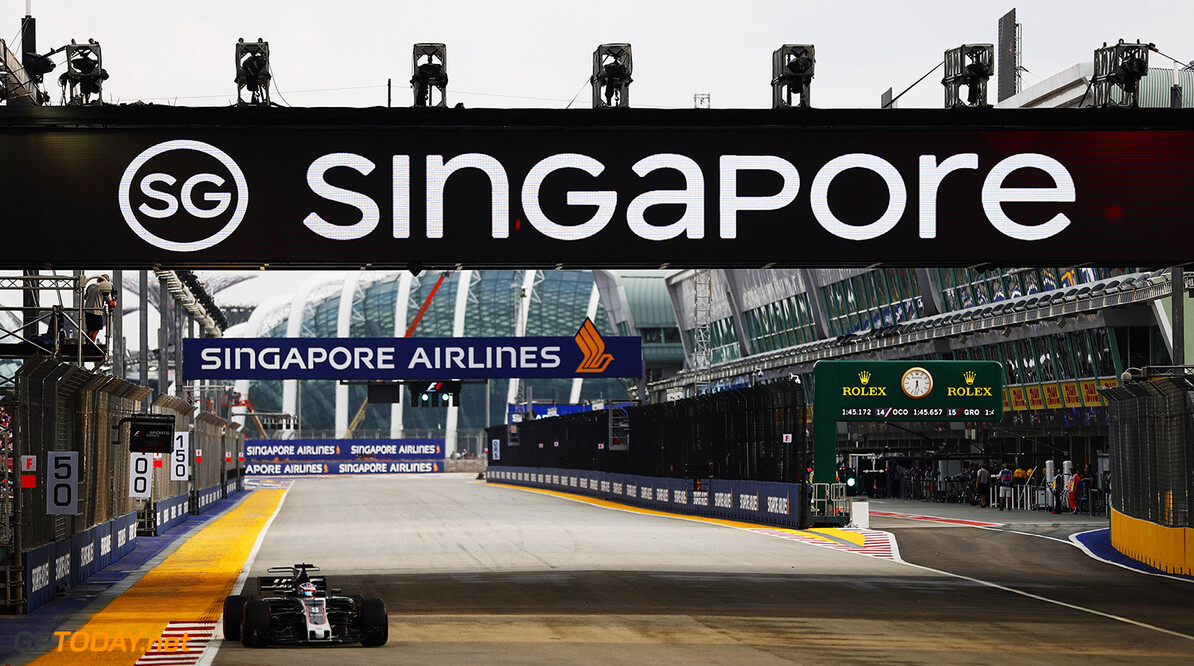 Marina Bay Circuit, Marina Bay, Singapore. Friday 15 September 2017. World Copyright: Glenn Dunbar/LAT Images  ref: Digital Image _X4I5915  Glenn Dunbar    f1, formula 1, formula one, gp,  ts-live,,,,,,,