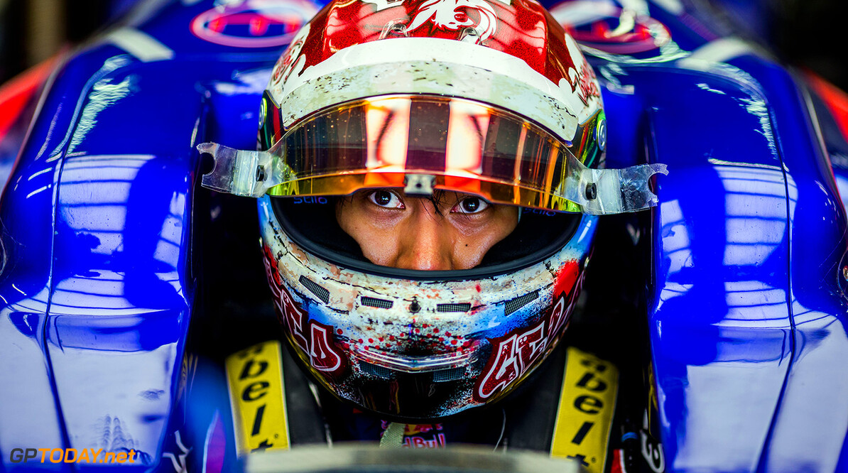 SINGAPORE - SEPTEMBER 15:  Sean Gelael of Scuderia Toro Rosso and Indonesia during practice for the Formula One Grand Prix of Singapore at Marina Bay Street Circuit on September 15, 2017 in Singapore.  (Photo by Peter Fox/Getty Images) // Getty Images / Red Bull Content Pool  // P-20170915-00722 // Usage for editorial use only // Please go to www.redbullcontentpool.com for further information. //  F1 Grand Prix of Singapore - Practice Peter Fox Singapore Singapore  P-20170915-00722
