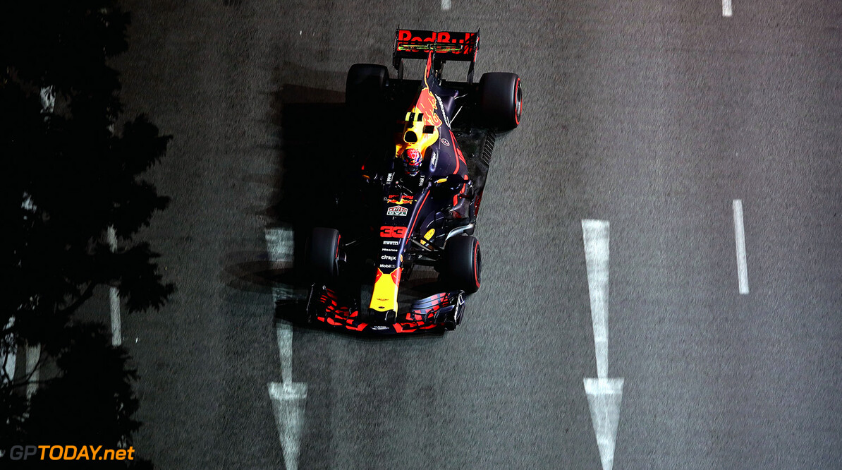 SINGAPORE - SEPTEMBER 15:  Max Verstappen of the Netherlands driving the (33) Red Bull Racing Red Bull-TAG Heuer RB13 TAG Heuer on track during practice for the Formula One Grand Prix of Singapore at Marina Bay Street Circuit on September 15, 2017 in Singapore.  (Photo by Clive Mason/Getty Images) // Getty Images / Red Bull Content Pool  // P-20170915-01033 // Usage for editorial use only // Please go to www.redbullcontentpool.com for further information. //  F1 Grand Prix of Singapore - Practice Clive Mason Singapore Singapore  P-20170915-01033
