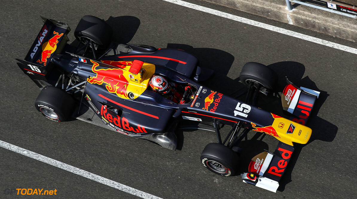 MURATA,JAPAN,24.SEP.17 - MOTORSPORTS, RED BULL JUNIOR TEAM - Japanese Super Formula Championship, Sportsland SUGO. Image shows Pierre Gasly (FRA). // Dutch Photo Agency/Red Bull Content Pool // P-20170924-00996 // Usage for editorial use only // Please go to www.redbullcontentpool.com for further information. //  Pierre Gasly T.OGASAWARA  Japan  P-20170924-00996