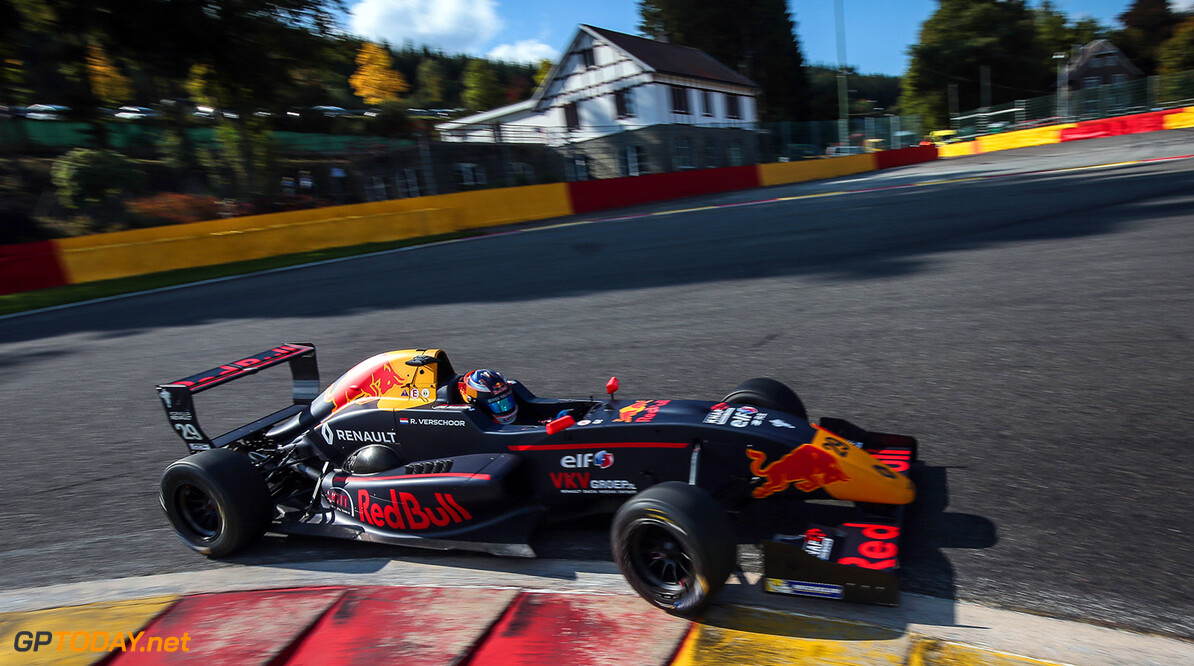 Spa-Francorchamps (BEL) Sep 22 - 24 2017 - Round 8 of the Formula Renault 2.0 Eurocup series at Circuit Spa-Francorchamps. Richard Verschoor #29 MP Motorsport. // Dutch Photo Agency/Red Bull Content Pool // P-20170923-00414 // Usage for editorial use only // Please go to www.redbullcontentpool.com for further information. //  Richard Verschoor Nicolaas Kerkmeijer Spa Belgium  P-20170923-00414