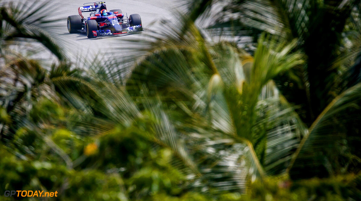 KUALA LUMPUR, MALAYSIA - SEPTEMBER 29: Carlos Sainz of Spain driving the (55) Scuderia Toro Rosso STR12 on track during practice for the Malaysia Formula One Grand Prix at Sepang Circuit on September 29, 2017 in Kuala Lumpur, Malaysia.  (Photo by Lars Baron/Getty Images) // Getty Images / Red Bull Content Pool  // P-20170929-00779 // Usage for editorial use only // Please go to www.redbullcontentpool.com for further information. //  F1 Grand Prix of Malaysia - Practice  Sepang Malaysia  P-20170929-00779