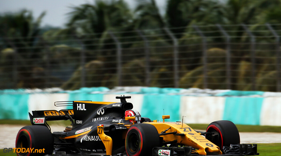 Formula One World Championship Nico Hulkenberg (GER) Renault Sport F1 Team RS17. Malaysian Grand Prix, Friday 29th September 2017. Sepang, Kuala Lumpur, Malaysia. Motor Racing - Formula One World Championship - Malaysian Grand Prix - Practice Day - Sepang, Malaysia Renault Sport Formula One Team    GP1715b Track Sepang International Circuit Huelkenberg Grand Prix GP Malaysian Sepang H?lkenberg Formula One JM763 F1 Kuala Lumpur Formula 1 Action Malaysia Hulkenberg