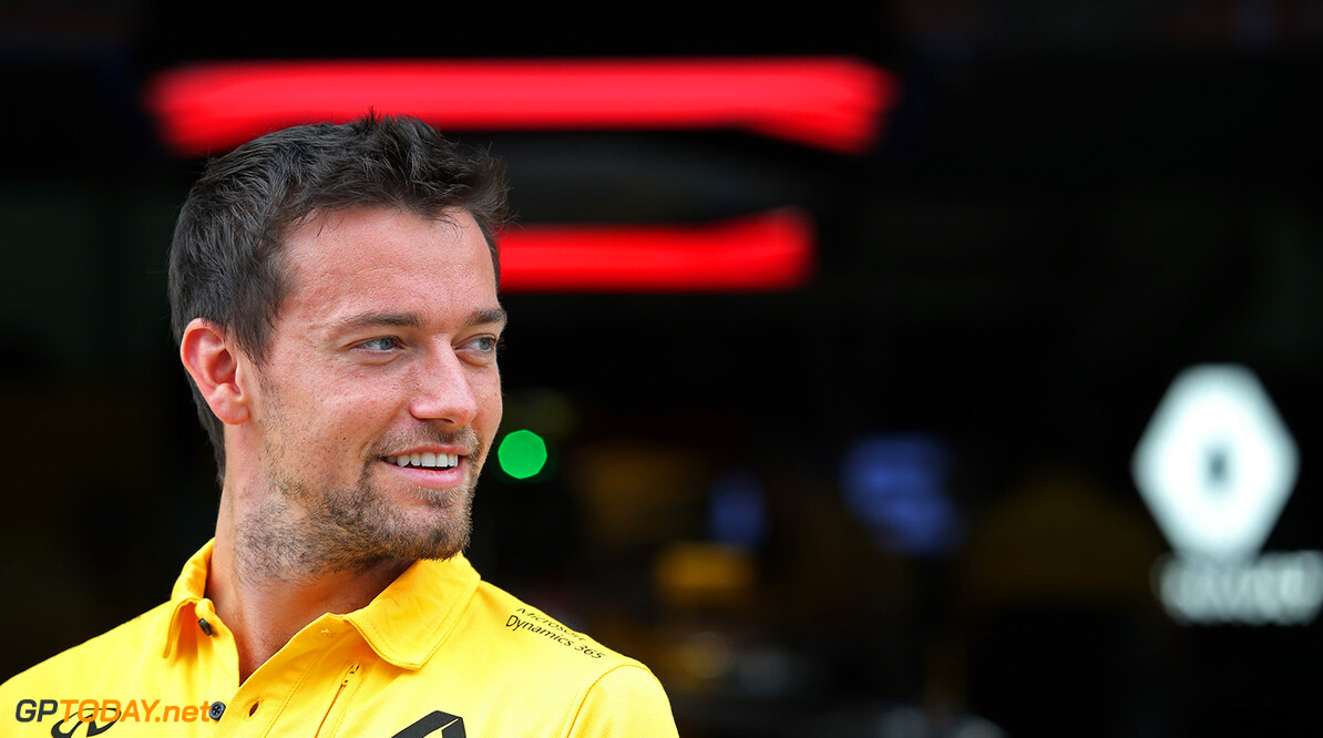 Formula One World Championship Jolyon Palmer (GBR) Renault Sport F1 Team. Malaysian Grand Prix, Thursday 28th September 2017. Sepang, Kuala Lumpur, Malaysia. Motor Racing - Formula One World Championship - Malaysian Grand Prix - Preparation Day - Sepang, Malaysia Renault Sport Formula One Team Sepang Malaysia  Formula One Formula 1 F1 GP Grand Prix Kuala Lumpur Sepang Malaysia Malaysian JM762 Sepang International Circuit Portrait GP1715a