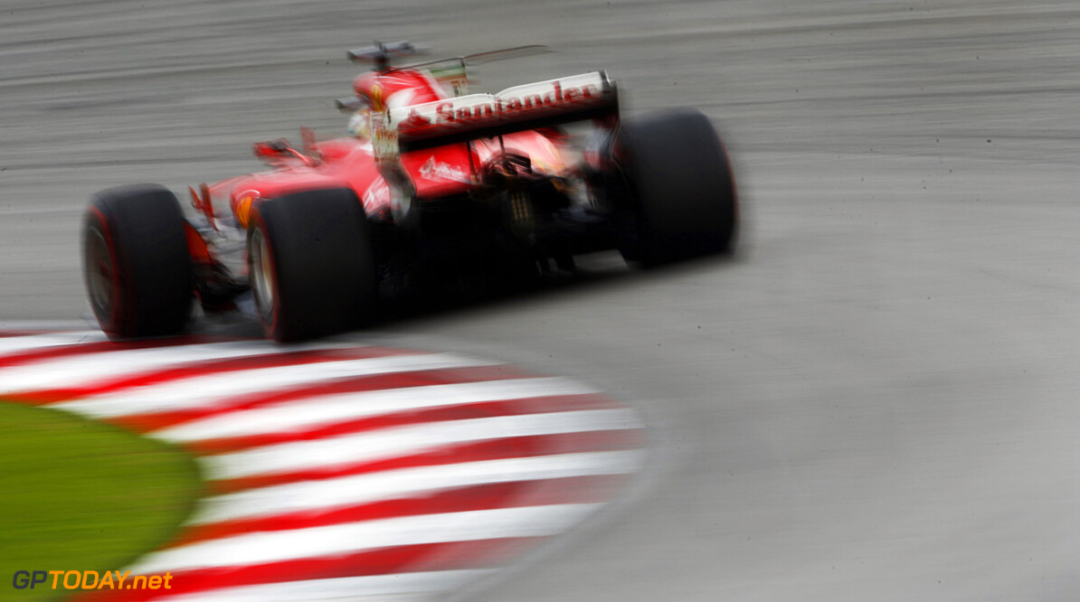Santander confirms leaving Ferrari and F1