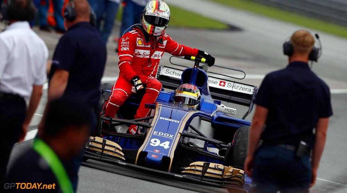 Nieuwe beelden van de botsing tussen Vettel en Stroll