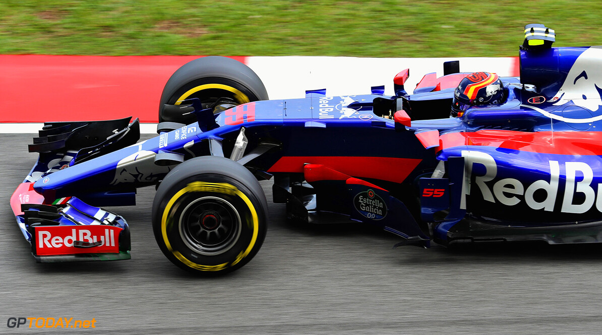 KUALA LUMPUR, MALAYSIA - SEPTEMBER 30: Carlos Sainz of Spain driving the (55) Scuderia Toro Rosso STR12 on track during final practice for the Malaysia Formula One Grand Prix at Sepang Circuit on September 30, 2017 in Kuala Lumpur, Malaysia.  (Photo by Mark Thompson/Getty Images) // Getty Images / Red Bull Content Pool  // P-20170930-00311 // Usage for editorial use only // Please go to www.redbullcontentpool.com for further information. //  F1 Grand Prix of Malaysia - Qualifying Mark Thompson Sepang Malaysia  P-20170930-00311
