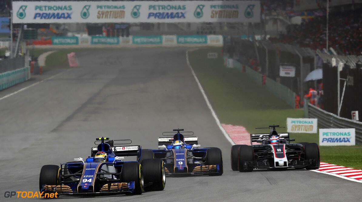 Malaysian GP Race 01/10/17 Pascal Wehrlein (D), Sauber F1 Team. Sepang International Circuit.  Malaysian GP Race 01/10/17 Jean-Francois Galeron Sepang Malaysia  F1 Formula One 2017 Action Wehrlein Sauber
