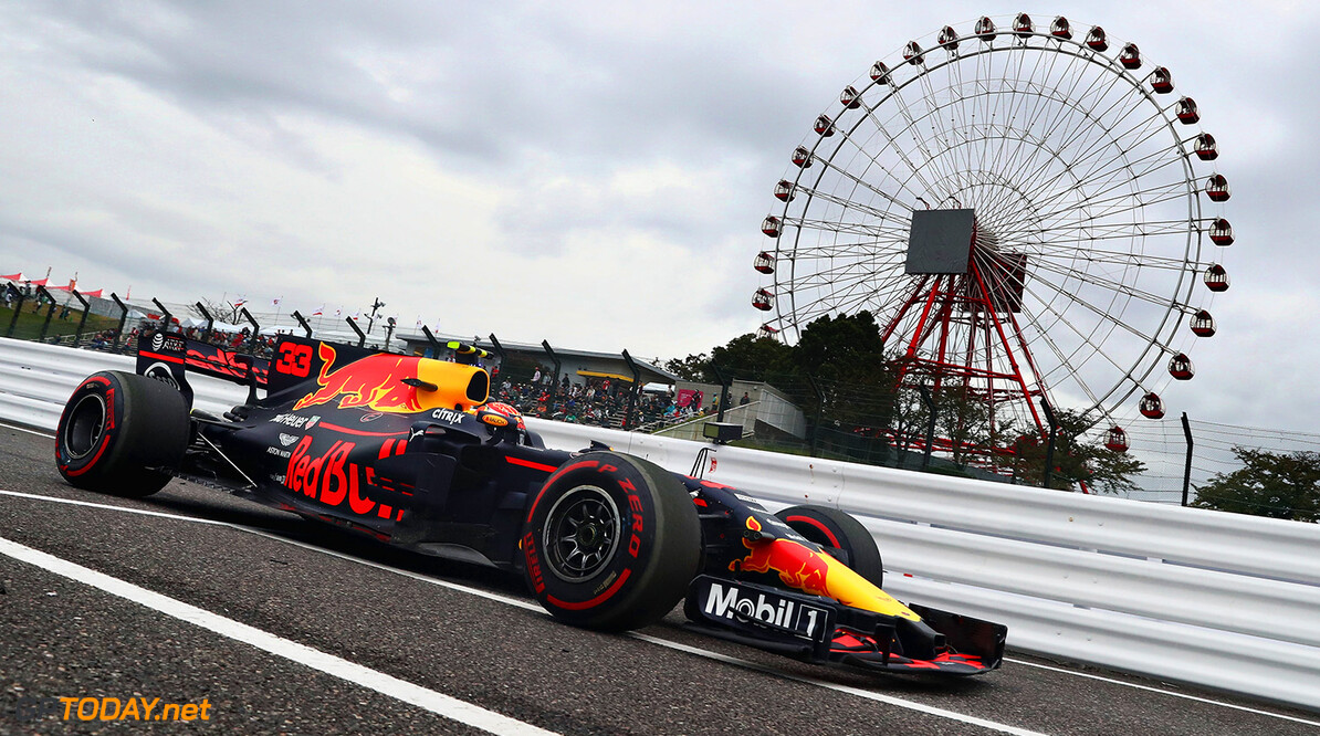 SUZUKA, JAPAN - OCTOBER 06: Max Verstappen of the Netherlands driving the (33) Red Bull Racing Red Bull-TAG Heuer RB13 TAG Heuer on track during practice for the Formula One Grand Prix of Japan at Suzuka Circuit on October 6, 2017 in Suzuka.  (Photo by Lars Baron/Getty Images) // Getty Images / Red Bull Content Pool  // P-20171006-00083 // Usage for editorial use only // Please go to www.redbullcontentpool.com for further information. //  F1 Grand Prix of Japan - Practice Lars Baron Suzuka Japan  P-20171006-00083