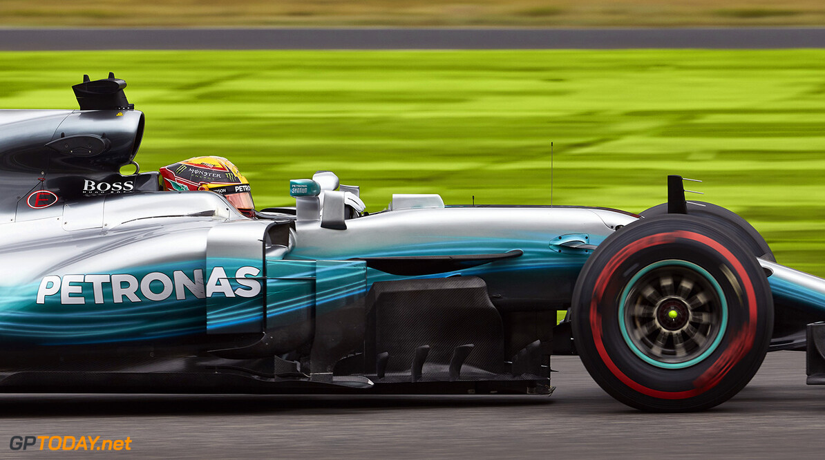 FP1: Hamilton quickest, running affected by rain