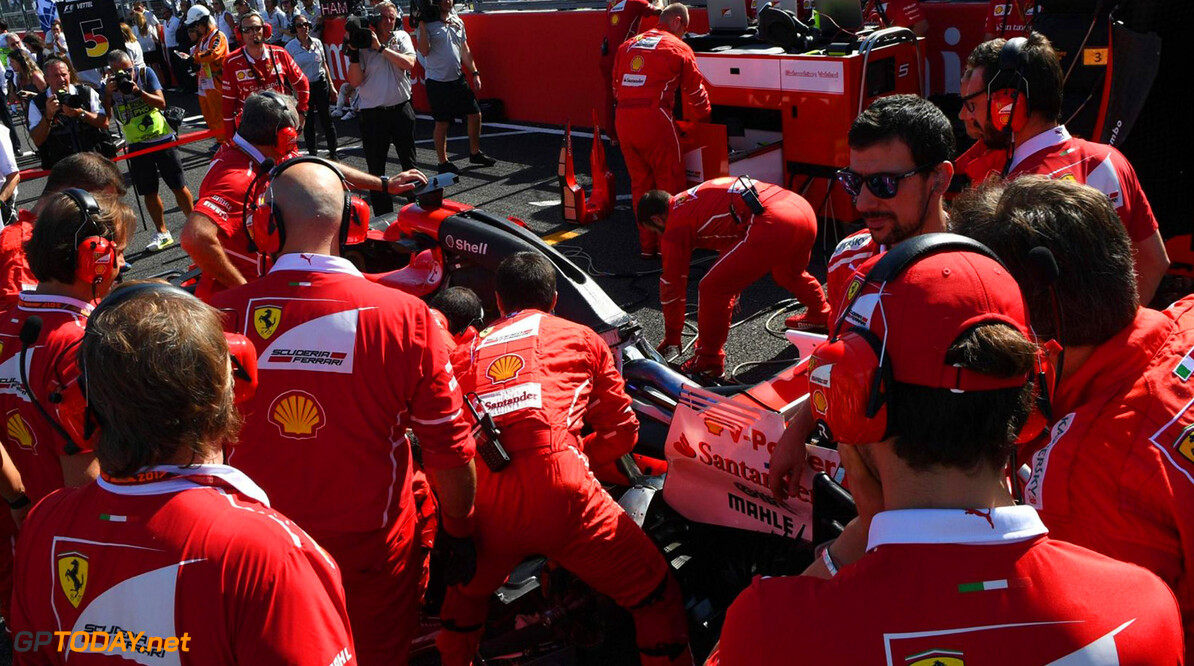 Former F1 engineer says Ferrari must end 'crisis'
