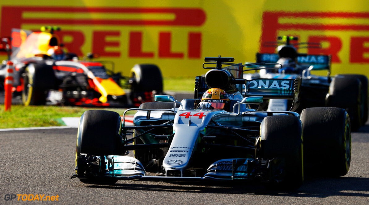Mercedes not worried about Hamilton's engine
