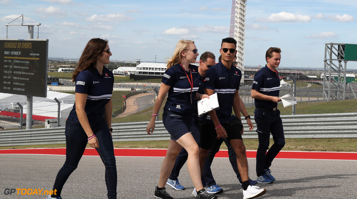 United States GP Thursday 19/10/17 Pascal Wehrlein (D), Sauber F1 Team.  Circuit of the Americas track walk. United States GP Thursday 19/10/17 Jad Sherif Austin USA  F1 Formula 1 One 2017 Wehrlein Sauber