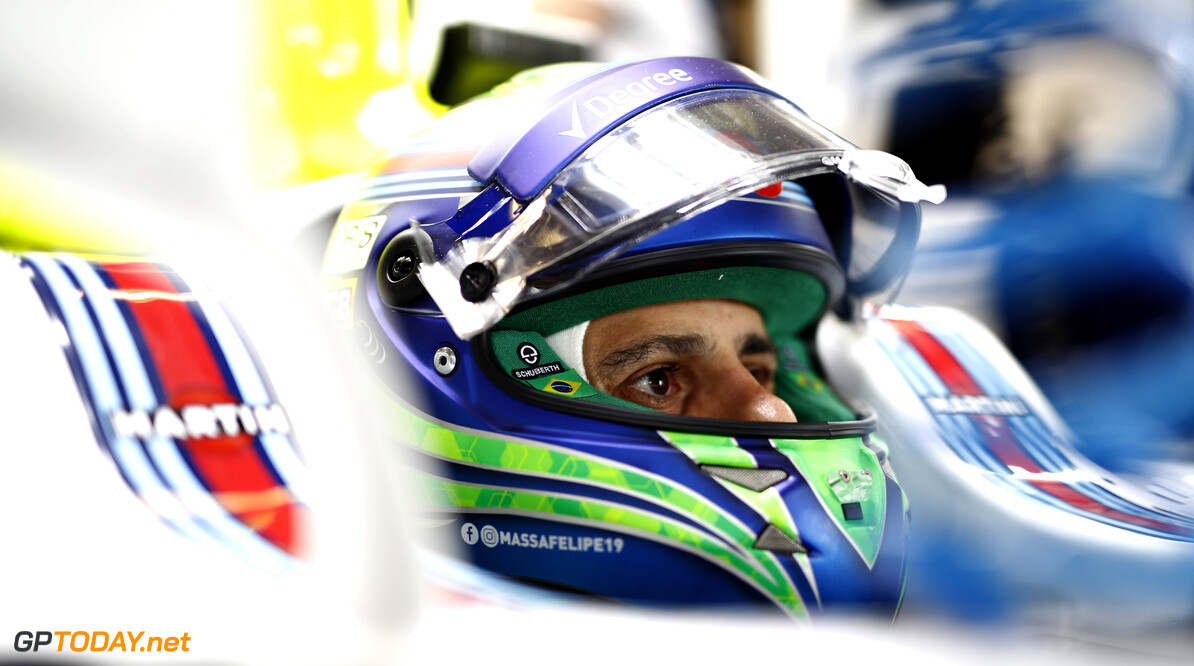 Massa met speciale helm voor zijn laatste Formule 1-race