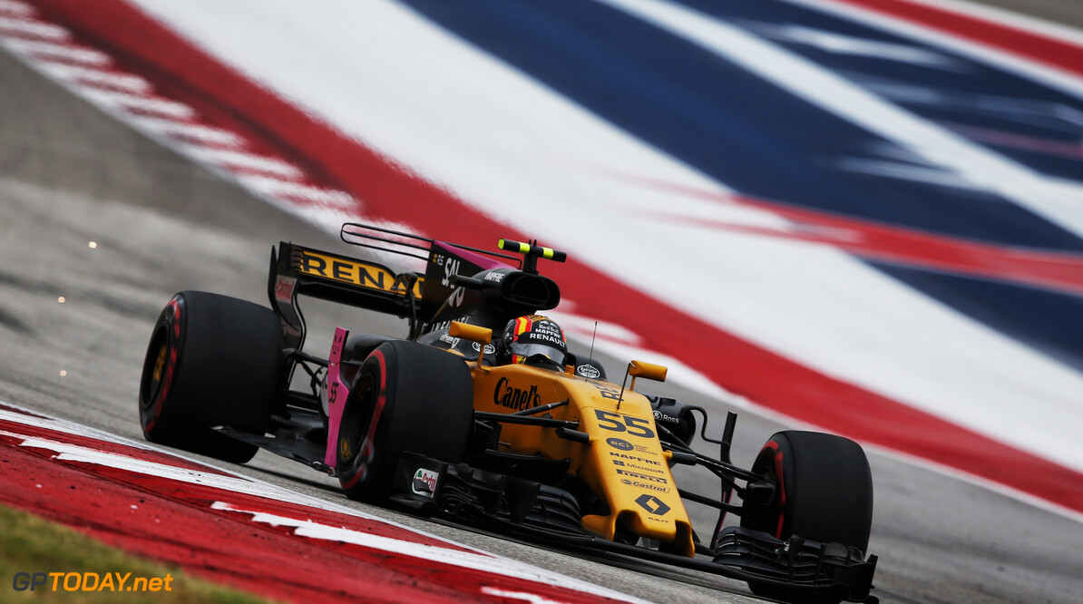 Formula One World Championship Carlos Sainz Jr (ESP) Renault Sport F1 Team RS17.  United States Grand Prix, Friday 20th October 2017. Circuit of the Americas, Austin, Texas, USA. Motor Racing - Formula One World Championship - United States Grand Prix - Practice Day - Austin, USA Renault Sport Formula One Team Austin USA  Formula One Formula 1 F1 GP Grand Prix Circuit USA American United States of America COTA Circuit of the Americas Austin Texas TX JM774 Jnr Junior Jnr. Jr. Action Track GP1717b