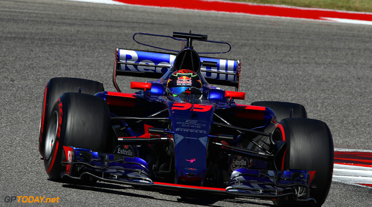 AUSTIN, TX - OCTOBER 22: Brendon Hartley of New Zealand driving the (39) Scuderia Toro Rosso STR12 on track during the United States Formula One Grand Prix at Circuit of The Americas on October 22, 2017 in Austin, Texas.  (Photo by Clive Mason/Getty Images) // Getty Images / Red Bull Content Pool  // P-20171022-01726 // Usage for editorial use only // Please go to www.redbullcontentpool.com for further information. //  F1 Grand Prix of USA Clive Mason Austin United States  P-20171022-01726