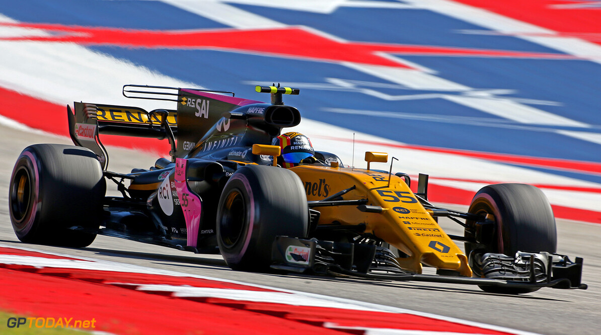 Formula One World Championship Carlos Sainz Jr (ESP) Renault Sport F1 Team RS17. United States Grand Prix, Sunday 22nd October 2017. Circuit of the Americas, Austin, Texas, USA. Motor Racing - Formula One World Championship - United States Grand Prix - Race Day - Austin, USA Renault Sport Formula One Team Austin USA  Formula One Formula 1 F1 GP Grand Prix Circuit USA American United States of America COTA Circuit of the Americas Austin Texas TX JM776 Jnr Junior Jnr. Jr. Action Track GP1717d