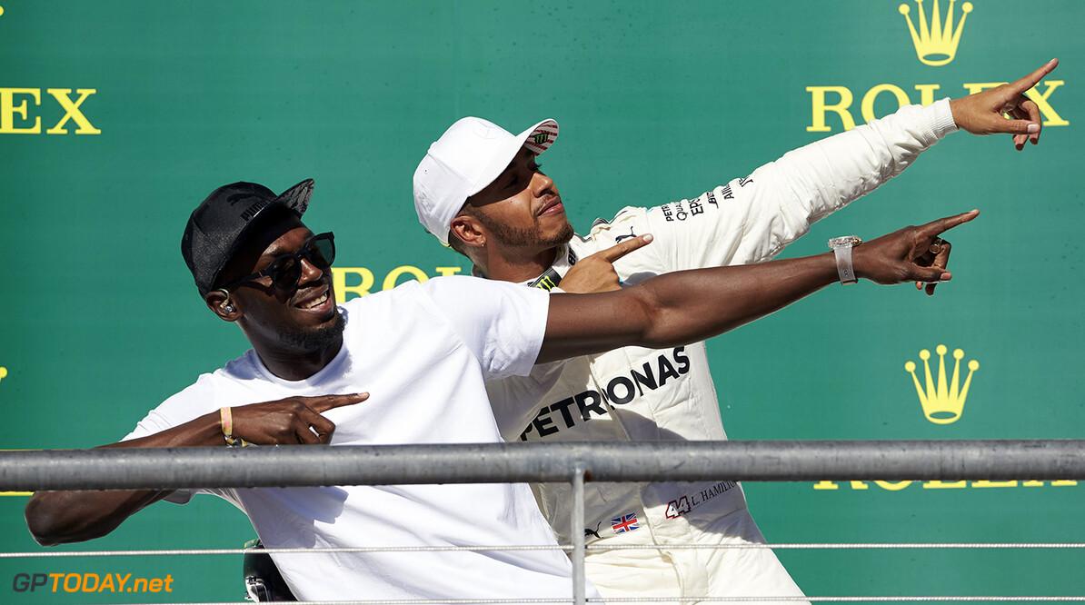 "Carey labels Hamilton as ""best possible ambassador"" for F1"