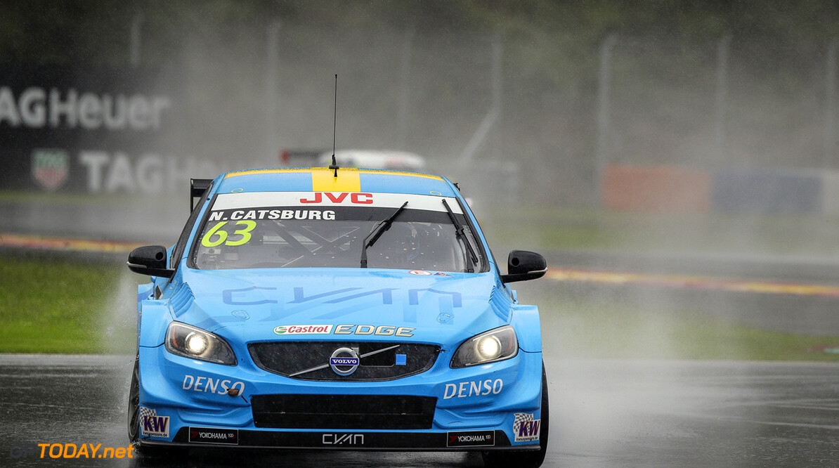 63 CATSBURG Nicky (ned) Volvo S60 Polestar team Polestar Cyan Racing action  during the 2017 FIA WTCC World Touring Car Championship at Shanghai, China, ningbo,13 to 15 - Photo Frederic Le Floc'h / DPPI AUTO - WTCC SHANGHAI 2017 Frederic Le Floc'h Shanghai Chine  auto championnat du monde chine circuit course fia motorsport octobre tourisme wtcc