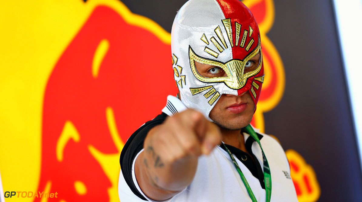 MEXICO CITY, MEXICO - OCTOBER 26:  Mexican wrestler Mistico poses for a photo outside the Red Bull Racing garage during previews to the Formula One Grand Prix of Mexico at Autodromo Hermanos Rodriguez on October 26, 2017 in Mexico City, Mexico.  (Photo by Clive Rose/Getty Images) // Getty Images / Red Bull Content Pool  // P-20171026-00816 // Usage for editorial use only // Please go to www.redbullcontentpool.com for further information. //  F1 Grand Prix of Mexico - Previews Clive Rose Mexico City Mexico  P-20171026-00816
