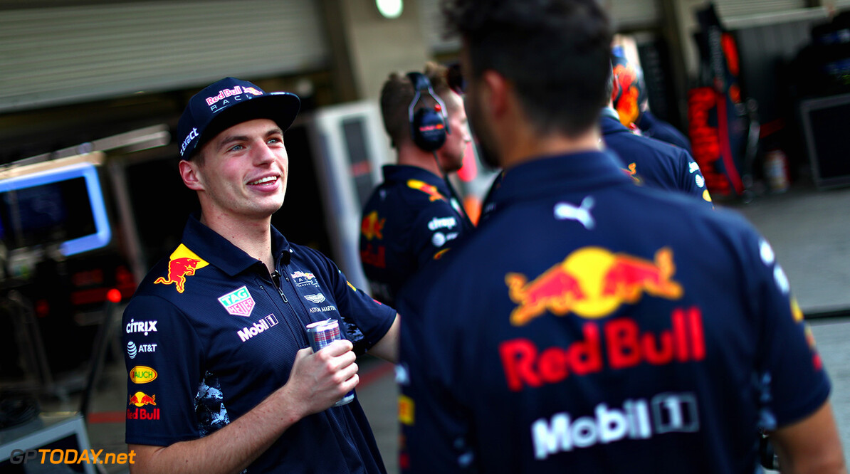 MEXICO CITY, MEXICO - OCTOBER 26:  Daniel Ricciardo of Australia and Red Bull Racing and Max Verstappen of Netherlands and Red Bull Racing in the Paddock during previews to the Formula One Grand Prix of Mexico at Autodromo Hermanos Rodriguez on October 26, 2017 in Mexico City, Mexico.  (Photo by Clive Rose/Getty Images) // Getty Images / Red Bull Content Pool  // P-20171026-00974 // Usage for editorial use only // Please go to www.redbullcontentpool.com for further information. //  F1 Grand Prix of Mexico - Previews Clive Rose Mexico City Mexico  P-20171026-00974