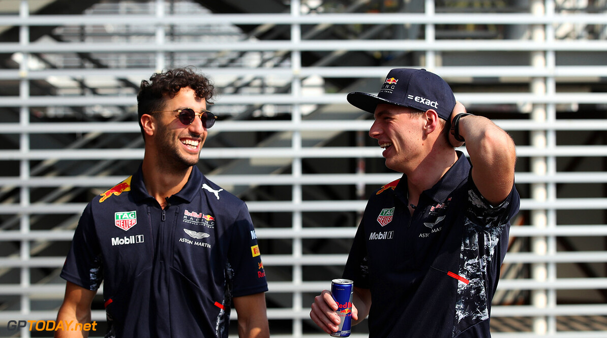MEXICO CITY, MEXICO - OCTOBER 26:  Daniel Ricciardo of Australia and Red Bull Racing and Max Verstappen of Netherlands and Red Bull Racing in the Paddock during previews to the Formula One Grand Prix of Mexico at Autodromo Hermanos Rodriguez on October 26, 2017 in Mexico City, Mexico.  (Photo by Clive Mason/Getty Images) // Getty Images / Red Bull Content Pool  // P-20171027-00004 // Usage for editorial use only // Please go to www.redbullcontentpool.com for further information. //  F1 Grand Prix of Mexico - Previews Clive Mason Mexico City Mexico  P-20171027-00004