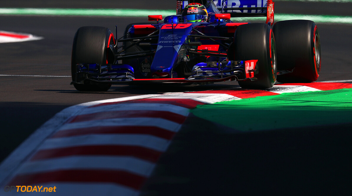 MEXICO CITY, MEXICO - OCTOBER 27: Brendon Hartley of New Zealand driving the (28) Scuderia Toro Rosso STR12 on track during practice for the Formula One Grand Prix of Mexico at Autodromo Hermanos Rodriguez on October 27, 2017 in Mexico City, Mexico.  (Photo by Clive Rose/Getty Images) // Getty Images / Red Bull Content Pool  // P-20171027-01825 // Usage for editorial use only // Please go to www.redbullcontentpool.com for further information. //  F1 Grand Prix of Mexico - Practice Clive Rose Mexico City Mexico  P-20171027-01825