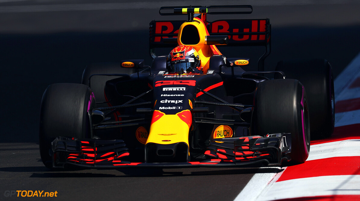 MEXICO CITY, MEXICO - OCTOBER 27: Max Verstappen of the Netherlands driving the (33) Red Bull Racing Red Bull-TAG Heuer RB13 TAG Heuer on track during practice for the Formula One Grand Prix of Mexico at Autodromo Hermanos Rodriguez on October 27, 2017 in Mexico City, Mexico.  (Photo by Clive Rose/Getty Images) // Getty Images / Red Bull Content Pool  // P-20171027-01872 // Usage for editorial use only // Please go to www.redbullcontentpool.com for further information. //  F1 Grand Prix of Mexico - Practice Clive Rose Mexico City Mexico  P-20171027-01872