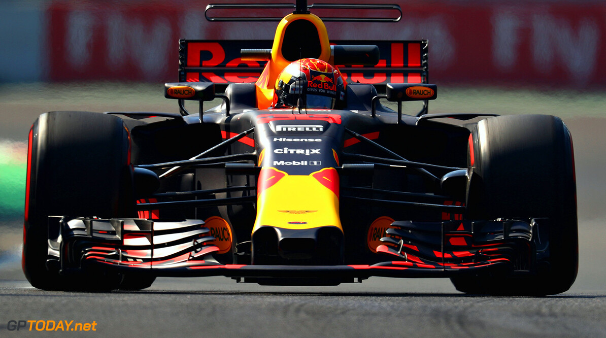 MEXICO CITY, MEXICO - OCTOBER 27: Max Verstappen of the Netherlands driving the (33) Red Bull Racing Red Bull-TAG Heuer RB13 TAG Heuer on track during practice for the Formula One Grand Prix of Mexico at Autodromo Hermanos Rodriguez on October 27, 2017 in Mexico City, Mexico.  (Photo by Clive Rose/Getty Images) // Getty Images / Red Bull Content Pool  // P-20171027-01294 // Usage for editorial use only // Please go to www.redbullcontentpool.com for further information. //  F1 Grand Prix of Mexico - Practice Clive Rose Mexico City Mexico  P-20171027-01294