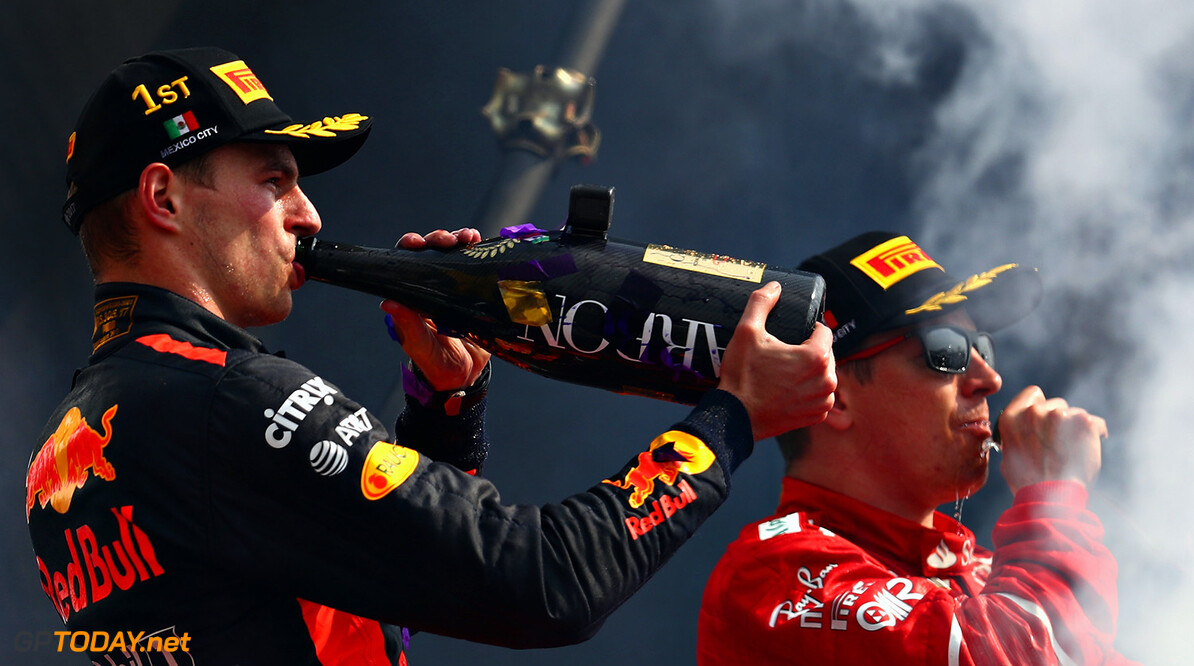 MEXICO CITY, MEXICO - OCTOBER 29:  Race winner Max Verstappen of Netherlands and Red Bull Racing celebrates on the podium during the Formula One Grand Prix of Mexico at Autodromo Hermanos Rodriguez on October 29, 2017 in Mexico City, Mexico.  (Photo by Clive Rose/Getty Images) // Getty Images / Red Bull Content Pool  // P-20171029-01296 // Usage for editorial use only // Please go to www.redbullcontentpool.com for further information. //  F1 Grand Prix of Mexico Clive Rose Mexico City Mexico  P-20171029-01296