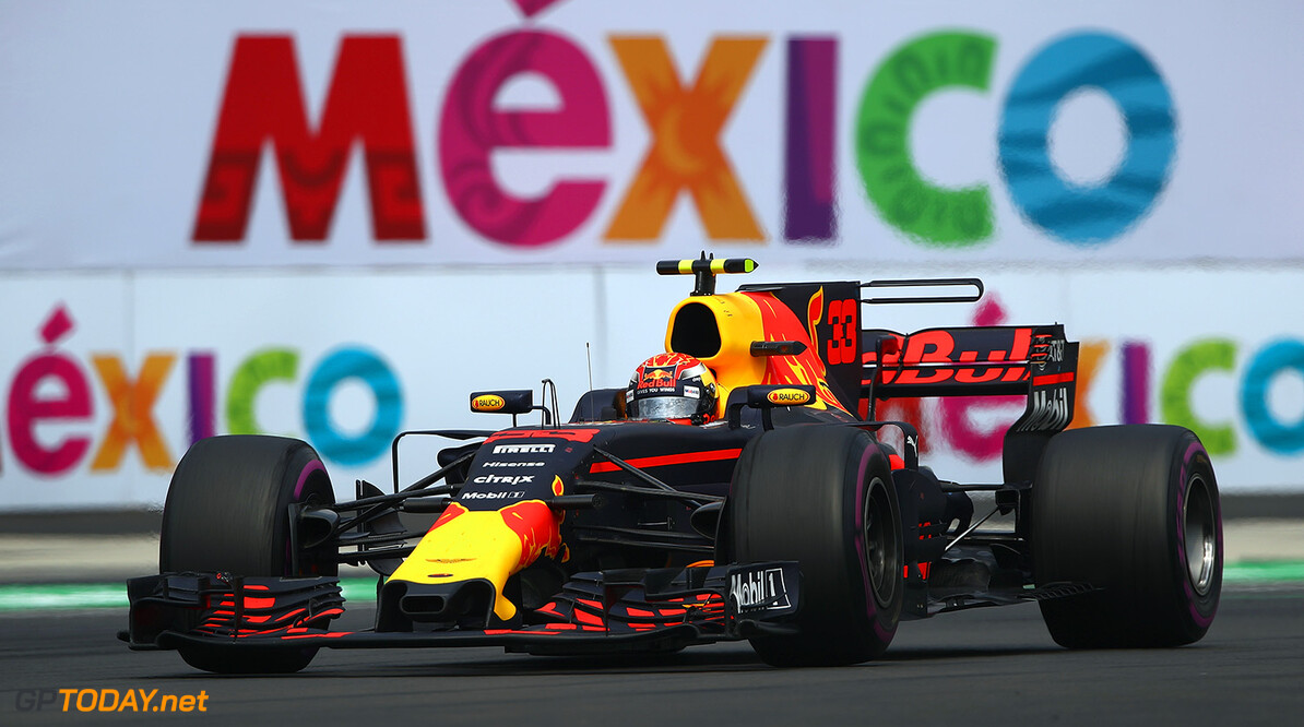 MEXICO CITY, MEXICO - OCTOBER 29: Max Verstappen of the Netherlands driving the (33) Red Bull Racing Red Bull-TAG Heuer RB13 TAG Heuer on track during the Formula One Grand Prix of Mexico at Autodromo Hermanos Rodriguez on October 29, 2017 in Mexico City, Mexico.  (Photo by Clive Mason/Getty Images) // Getty Images / Red Bull Content Pool  // P-20171030-00082 // Usage for editorial use only // Please go to www.redbullcontentpool.com for further information. //  F1 Grand Prix of Mexico Clive Mason Mexico City Mexico  P-20171030-00082