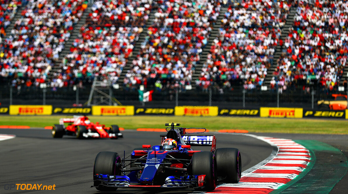 MEXICO CITY, MEXICO - OCTOBER 29: Pierre Gasly of France and Scuderia Toro Rosso drives in the (10) Scuderia Toro Rosso STR12 on track during the Formula One Grand Prix of Mexico at Autodromo Hermanos Rodriguez on October 29, 2017 in Mexico City, Mexico.  (Photo by Clive Rose/Getty Images) // Getty Images / Red Bull Content Pool  // P-20171029-01135 // Usage for editorial use only // Please go to www.redbullcontentpool.com for further information. //  F1 Grand Prix of Mexico Clive Rose Mexico City Mexico  P-20171029-01135