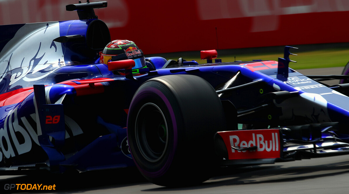 MEXICO CITY, MEXICO - OCTOBER 29: Brendon Hartley of New Zealand driving the (28) Scuderia Toro Rosso STR12 on track during the Formula One Grand Prix of Mexico at Autodromo Hermanos Rodriguez on October 29, 2017 in Mexico City, Mexico.  (Photo by Clive Mason/Getty Images) // Getty Images / Red Bull Content Pool  // P-20171030-00130 // Usage for editorial use only // Please go to www.redbullcontentpool.com for further information. //  F1 Grand Prix of Mexico Clive Mason Mexico City Mexico  P-20171030-00130