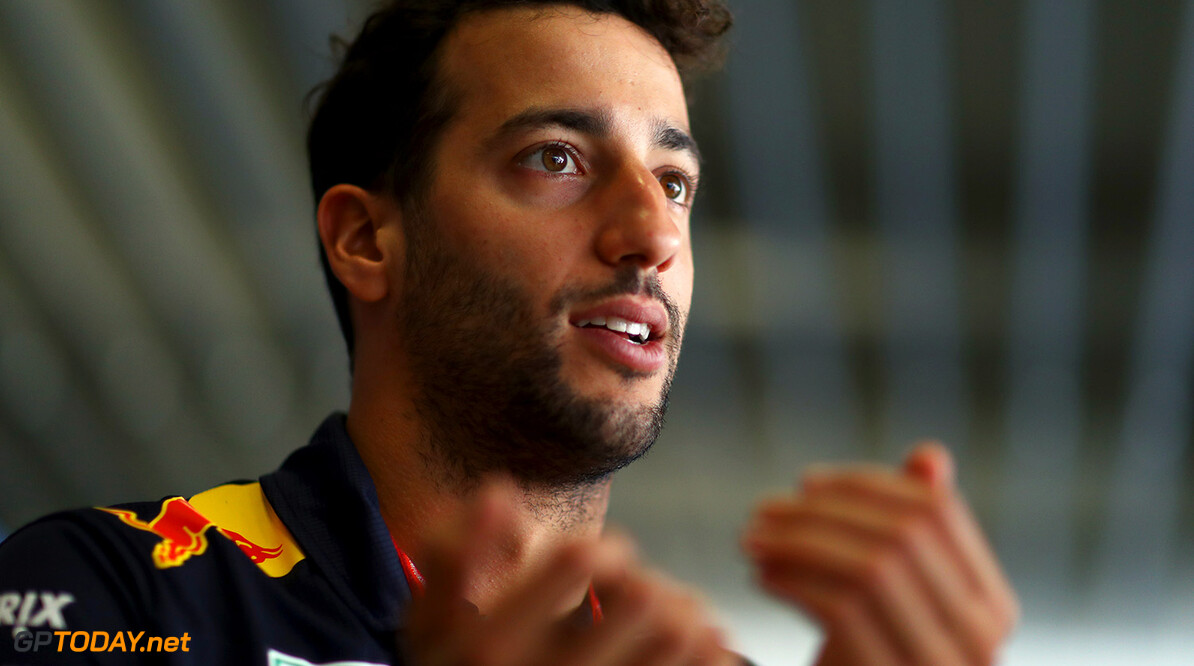 SAO PAULO, BRAZIL - NOVEMBER 09:  Daniel Ricciardo of Australia and Red Bull Racing talks to the media during previews for the Formula One Grand Prix of Brazil at Autodromo Jose Carlos Pace on November 9, 2017 in Sao Paulo, Brazil.  (Photo by Dan Istitene/Getty Images) // Getty Images / Red Bull Content Pool  // P-20171109-01346 // Usage for editorial use only // Please go to www.redbullcontentpool.com for further information. //  F1 Grand Prix of Brazil - Previews Dan Istitene Sao Paulo Brazil  P-20171109-01346