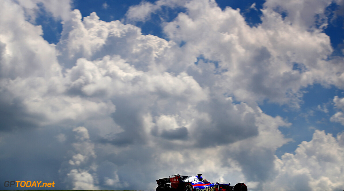 SAO PAULO, BRAZIL - NOVEMBER 10: Brendon Hartley of New Zealand driving the (28) Scuderia Toro Rosso STR12 on track during practice for the Formula One Grand Prix of Brazil at Autodromo Jose Carlos Pace on November 10, 2017 in Sao Paulo, Brazil.  (Photo by Clive Mason/Getty Images) // Getty Images / Red Bull Content Pool  // P-20171110-02021 // Usage for editorial use only // Please go to www.redbullcontentpool.com for further information. //  F1 Grand Prix of Brazil - Practice Clive Mason Sao Paulo Brazil  P-20171110-02021