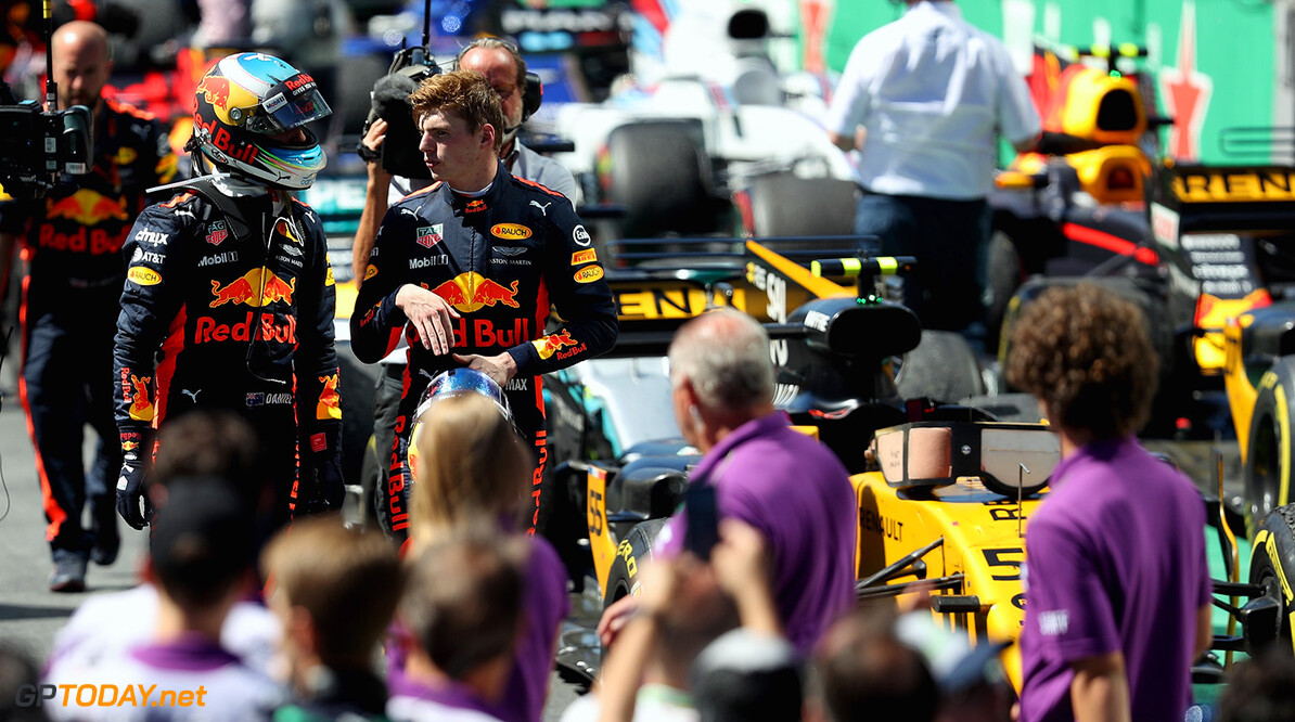 SAO PAULO, BRAZIL - NOVEMBER 12: Max Verstappen of Netherlands and Red Bull Racing and Daniel Ricciardo of Australia and Red Bull Racing talk in parc ferme after the Formula One Grand Prix of Brazil at Autodromo Jose Carlos Pace on November 12, 2017 in Sao Paulo, Brazil.  (Photo by Mark Thompson/Getty Images) // Getty Images / Red Bull Content Pool  // P-20171112-00821 // Usage for editorial use only // Please go to www.redbullcontentpool.com for further information. //  F1 Grand Prix of Brazil Mark Thompson Sao Paulo Brazil  P-20171112-00821