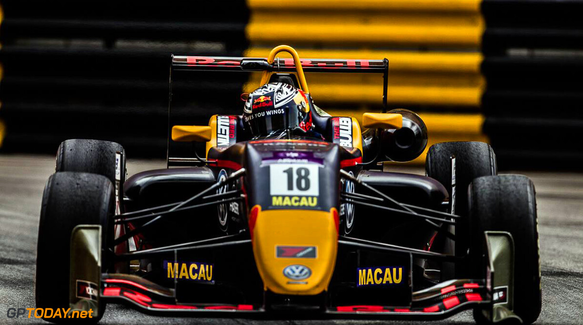 Ticktum wint kwalificatierace en pakt pole position in Macau