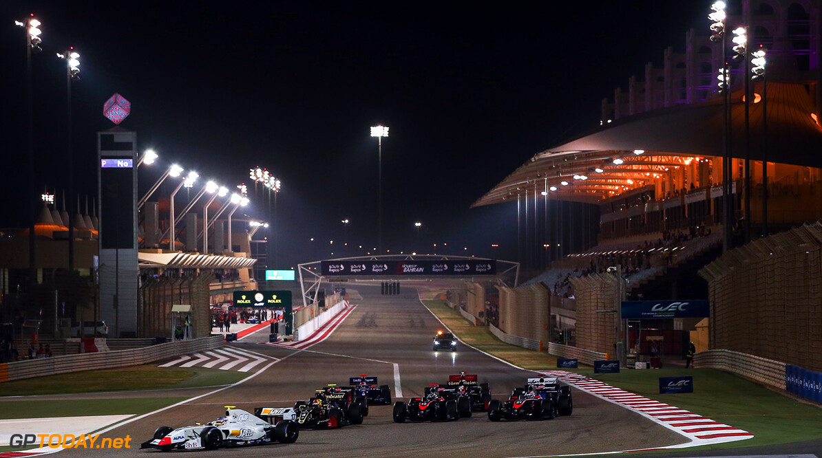 BAHRAIN (BH), November 16-18 2017: Last round of the World Series Formula V8 3.5 at Bahrain International Circuit.Start of race1. (C) 2017 Sebastiaan Rozendaal / Dutch Photo Agency BAHRAIN RACING FORMULA V8 2017 Sebastiaan Rozendaal BAHRAIN