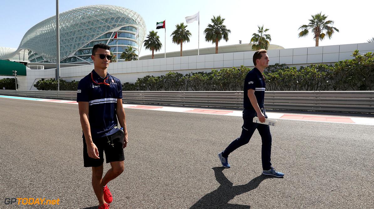 Abu Dhabi GP Thursday 23/11/17 Pascal Wehrlein (D), Sauber F1 Team. Track walk. Yas Marina Circuit.  Abu Dhabi GP Thursday 23/11/17 Jean-Francois Galeron Abu Dhabi United Arab Emirates  F1 Formula One 2017 Wehrlein Sauber