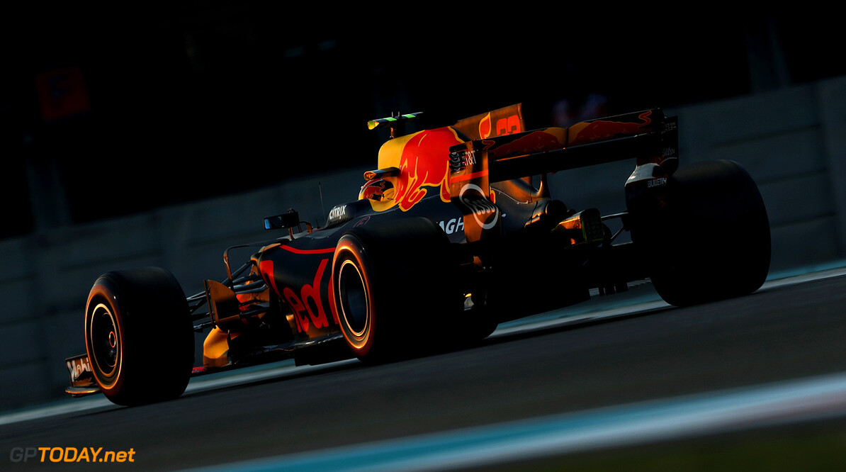 ABU DHABI, UNITED ARAB EMIRATES - NOVEMBER 24: Max Verstappen of the Netherlands driving the (33) Red Bull Racing Red Bull-TAG Heuer RB13 TAG Heuer on track during practice for the Abu Dhabi Formula One Grand Prix at Yas Marina Circuit on November 24, 2017 in Abu Dhabi, United Arab Emirates.  (Photo by Mark Thompson/Getty Images) // Getty Images / Red Bull Content Pool  // P-20171124-01614 // Usage for editorial use only // Please go to www.redbullcontentpool.com for further information. //  F1 Grand Prix of Abu Dhabi - Practice Mark Thompson Abu Dhabi United Arab Emirates  P-20171124-01614