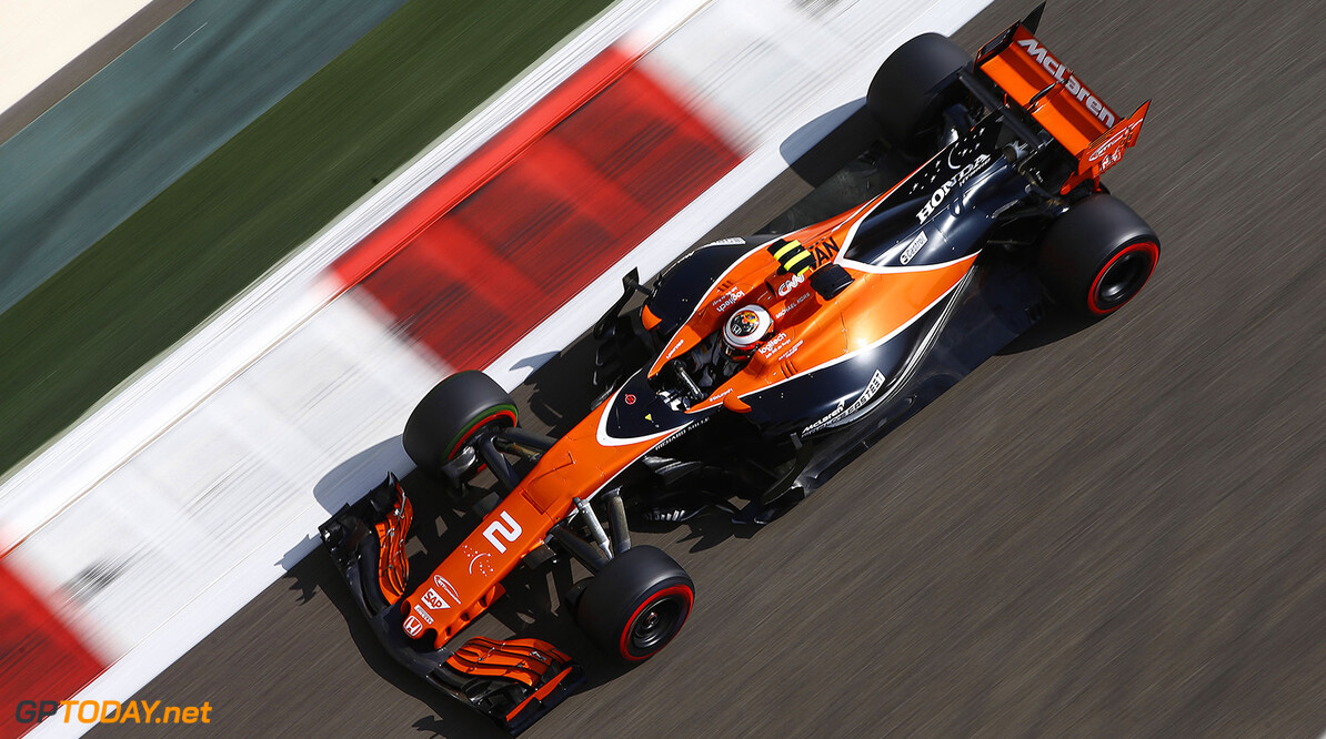 Yas Marina Circuit, Abu Dhabi, United Arab Emirates. Friday 24 November 2017. Stoffel Vandoorne, McLaren MCL32 Honda. Photo: Andy Hone/McLaren ref: Digital Image _ONZ8497      f1 formula 1 formula one gp grand prix Action