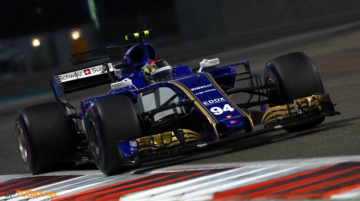 Abu Dhabi GP Friday 24/11/17 Pascal Wehrlein (D), Sauber F1 Team.  Yas Marina Circuit.  Abu Dhabi GP Friday 24/11/17 Jad Sherif Abu Dhabi United Arab Emirates  F1 Formula 1 One 2017 Action Wehrlein Sauber